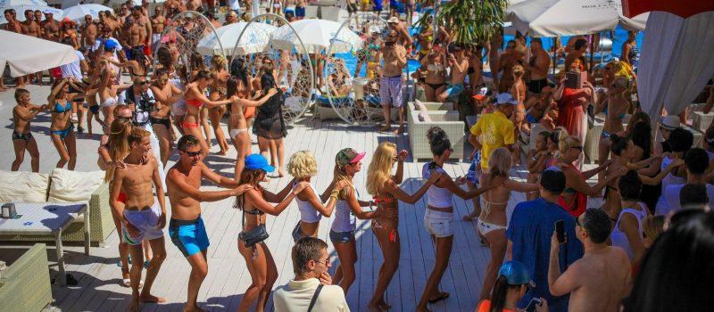 Bachelor(-ette) Parties, Honeymoon Tours
