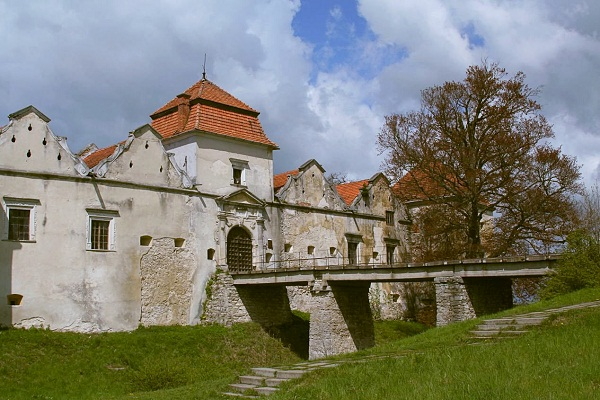 svirzh-castle