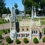 miniature-church