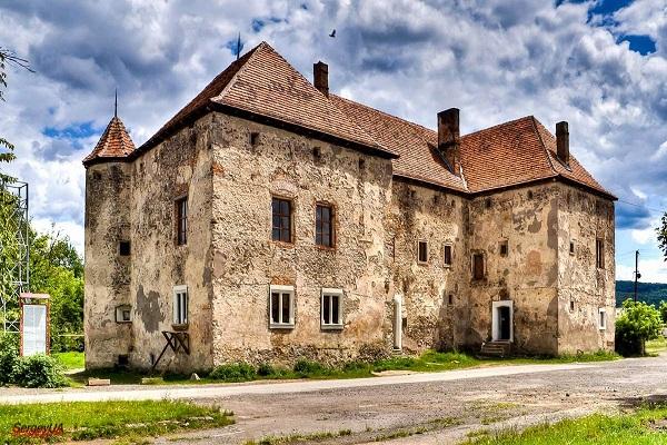 stmiklos-castle